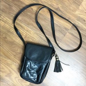 Vintage Small Cross Body Bag Black W/ Tassel